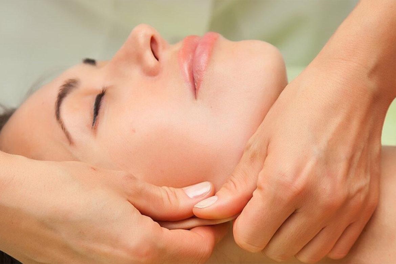 Курсы миофасциальных техник лица в школе мастеров массажа