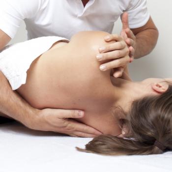 Курсы суставного массажа в школе мастеров массажа