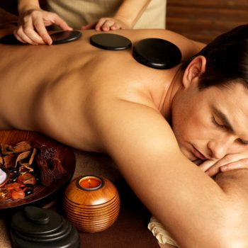 """Курсы массажа """"Стоунтерапия"""" в школе мастеров массажа"""
